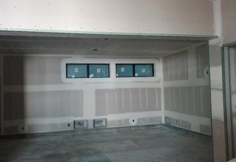 metal lstud Interior exterior 7