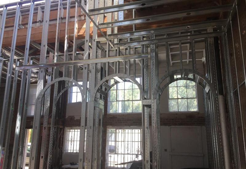 metal lstud Interior exterior 9